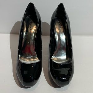 Gabriella Rocha black Patent Leather Heels - 9.5